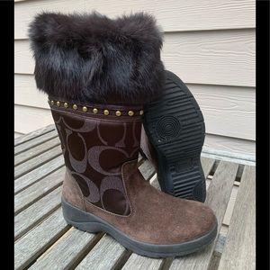 Coach Brown fur top logo Lesly boots-7.5-GC